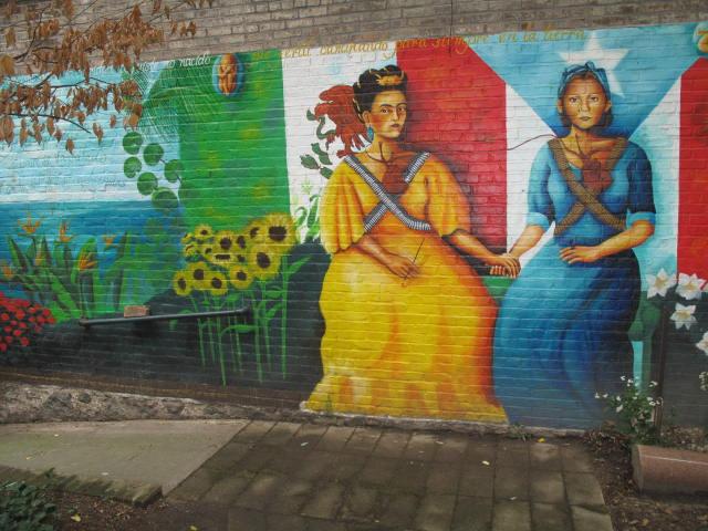 Frida Kahlo & Julia