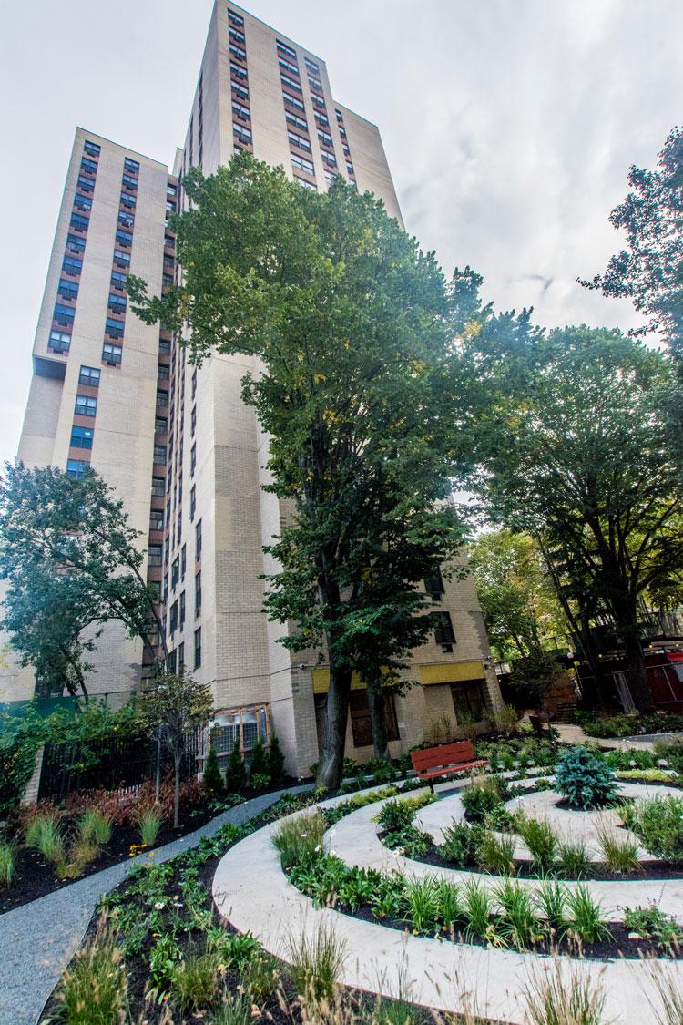 canaan house garden 8 east 118 street